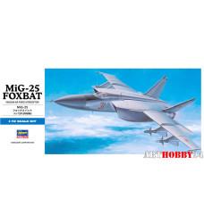 00434 MIG-25 FOXBAT D4