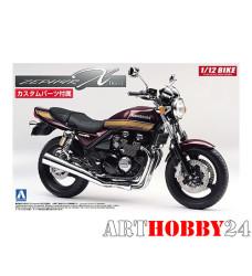 05168 Kawasaki ZephyrX with custom parts
