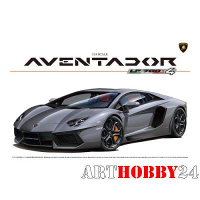 00142 Lamborghini Aventador LP700-4 (Full Engine Detail)