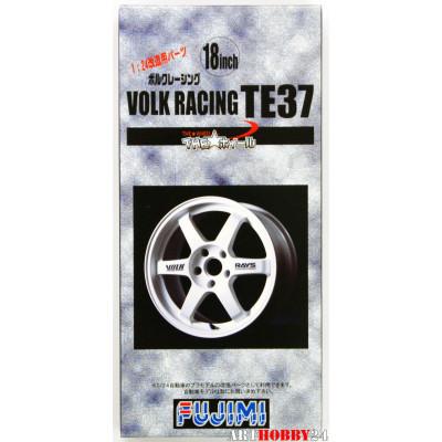 Volk Racing TE37 Wheel & Tire Set 18 inch
